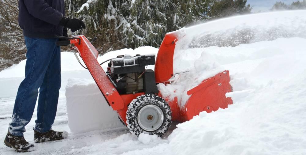 Best Snow Blowers For Gravel Driveways 2021
